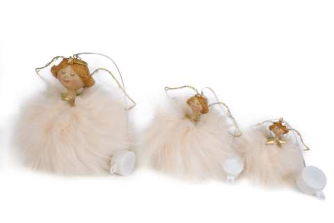 Engel im Federkleid und Leuchtflügel