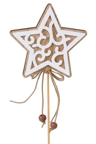 Holzstern mit Ornamenten am Stab