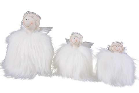 Engel mit Federkleid zum Stellen